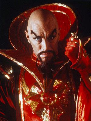 Max som kejsar Ming (Blixt Gordon)