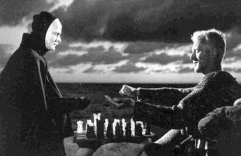 En klassisk filmscen- Max lirar schack med Döden i Bergmans Sjunde inseglet